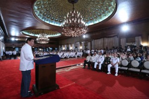 President Rodrigo Duterte delivers a speech during the oath-taking ceremony for newly-promoted generals and flag officers at the Rizal Hall in Malacañan on August 23. (MNS photo)