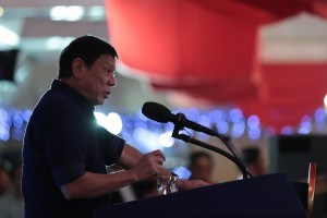 President Rodrigo R. Duterte delivers a speech before the San Beda Law Alumni Association during the Testimonial Dinner Reception at the Kalayaan Hall of Club Filipino in San Juan City on July 14. (MNS photo)