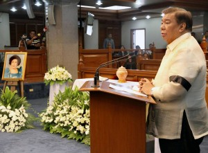 """DRILON'S EULOGY TO BENITEZ: Senate President Franklin M. Drilon delivers his eulogy to the late Senator Helena Benitez, who passed away last Thursday at the age of 102. """"Senator Helena Benitez was one of the fortunate people who were blessed with a long life. She did not only bring honor to her family, community and country, she also opened doors that were previously closed to women. In her lifetime, she paved the way and inspired Filipino women to persevere and prosper in their fields of endeavor,"""" Drilon said.(MNS photo)"""